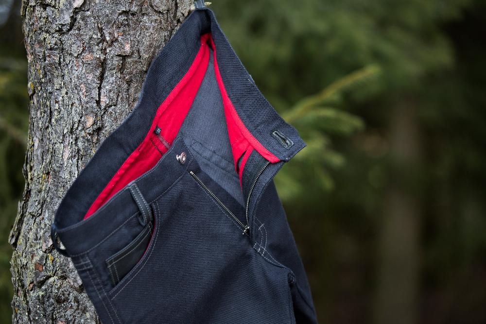 Wie steht es mit der Sicherheit beim Biken, wenn man Kevlar Jeans trägt?